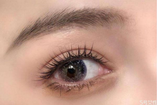 注意什么样的假睫毛可以反复使用