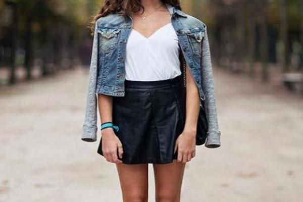 黑色短裙如何搭配时尚,黑色短裙展现时尚搭配方法