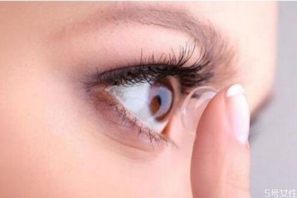 带美瞳有什么注意 美瞳的注意事项