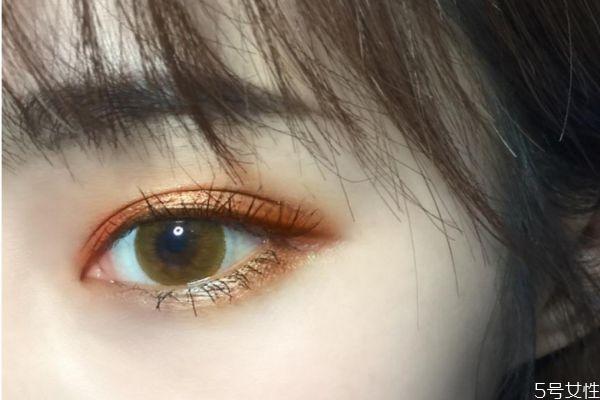 裸妆眼影怎么画好看 裸妆眼影的简单画法