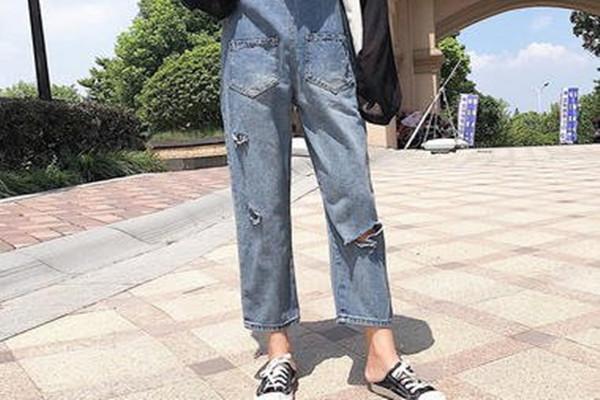 为什么穿直筒裤这么火 直筒裤有什么优点