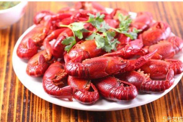 清蒸小龙虾怎么做好吃 清蒸小龙虾的简单做法