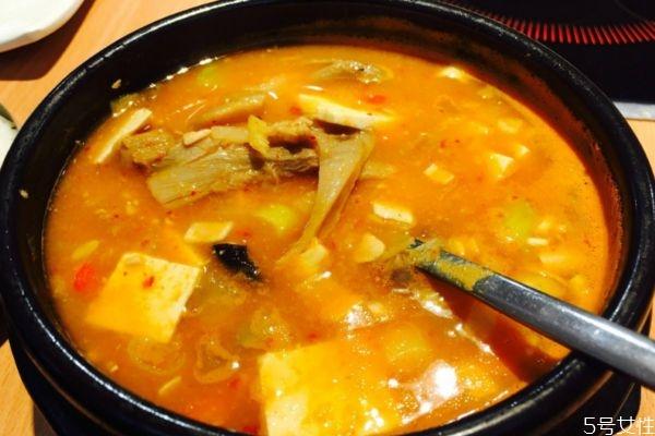 韩国大酱汤正宗做法 韩国大酱汤应该怎么做