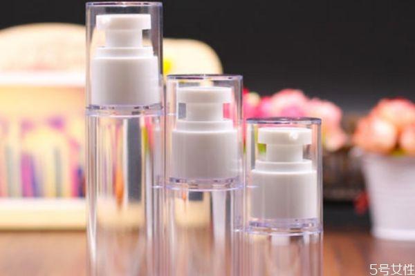 真空按压瓶怎么打开 化妆品真空瓶拆开步骤