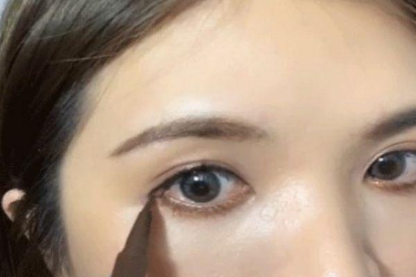 画内眼线好还是外眼线 画内眼线会被看出来吗