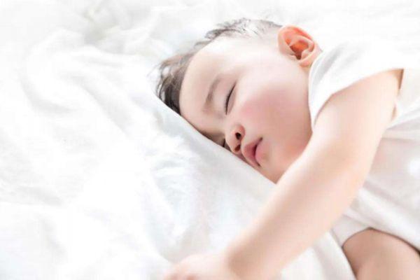 宝宝睡觉的方法