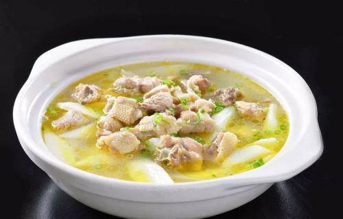 山药鸡汤怎么做好喝 山药鸡汤的做法