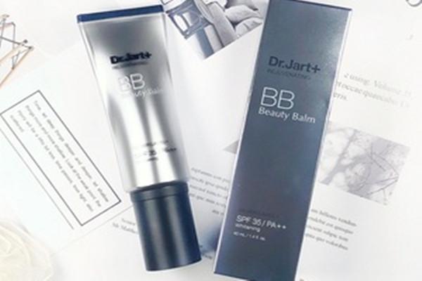 蒂佳婷银管bb霜适合什么肤质 蒂佳婷银管bb霜的功效有哪些