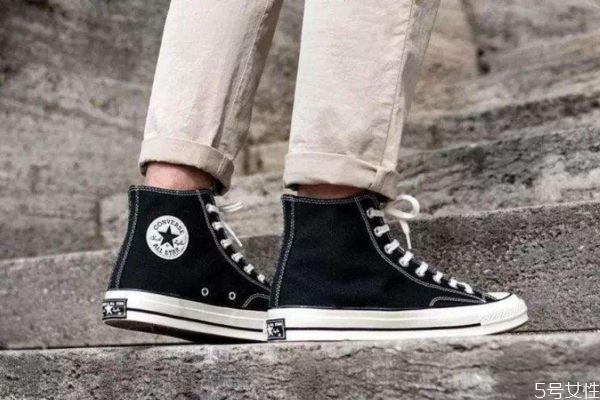 匡威1970s有几个鞋孔 匡威1970s鞋码偏大还是偏小