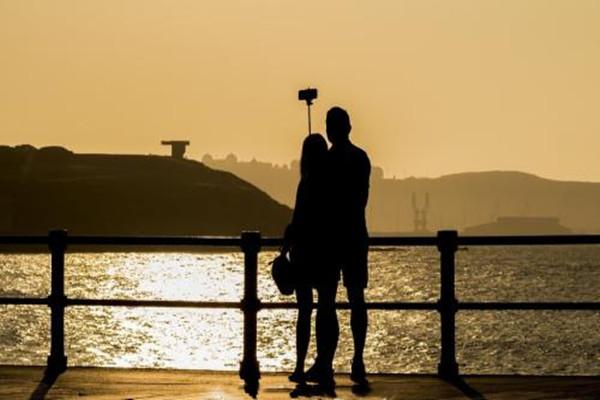 哈尔滨同城相亲网,谈恋爱要时刻都联系吗 谈恋爱时刻都联系好吗