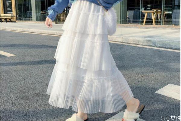 蛋糕裙配什么鞋子 蛋糕裙怎么搭配鞋子