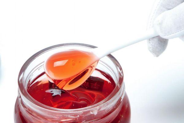 如何自制红酒面膜 自制红酒面膜的方法