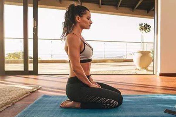 瑜伽金刚坐的功效 瑜伽金刚坐可以减肥吗