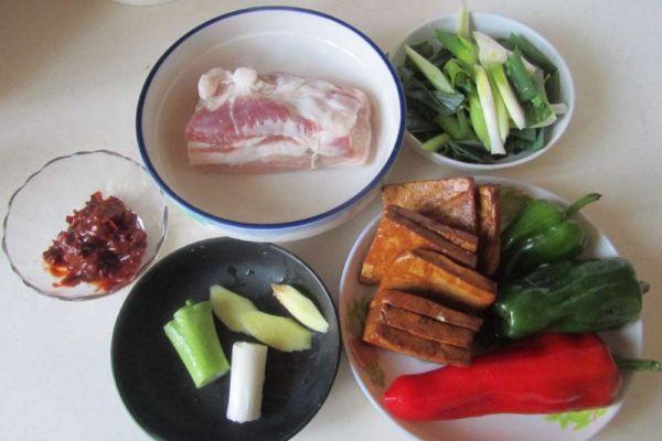 香干回锅肉怎么做好吃 香干回锅肉的美味做法