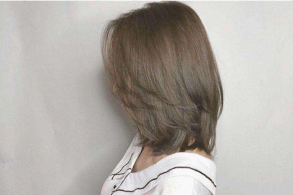 头发又软又油怎么办 头发又软又油应该用什么洗发水