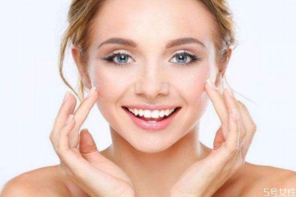 油性皮肤造成的原因 为什么会产生油性皮肤