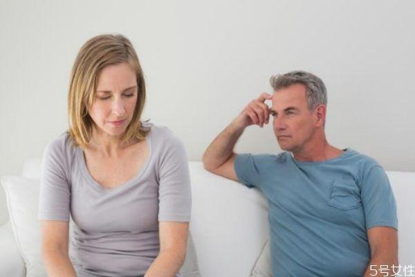 老公坚决离婚如何挽回 有这几点就不要去挽回了