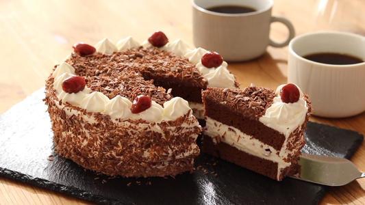 吃黑森林蛋糕会变胖吗 黑森林蛋糕的热量高吗