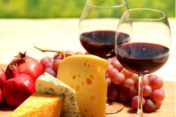 减肥期间能喝红酒吗 红酒可以在减肥期间喝吗