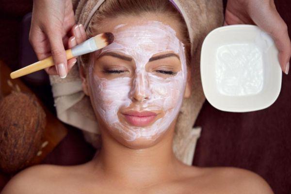 怎么疏通脸上毛孔堵塞 疏通脸上毛孔堵塞的方法
