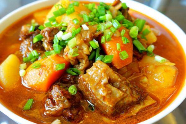 土豆牛腩怎么做好吃 土豆牛腩的美味做法