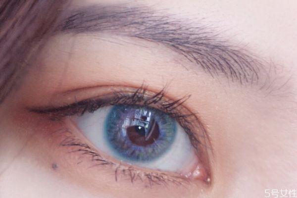 蓝色美瞳夸张吗 蓝色美瞳什么样的好看