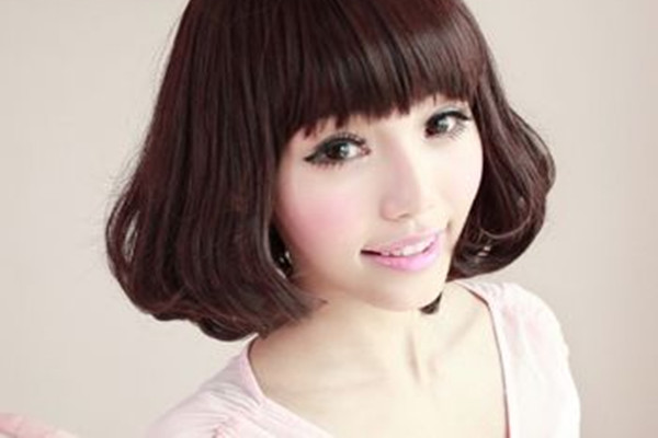头发多还自然卷适合做什么发型 头发多还自然卷适合烫发吗