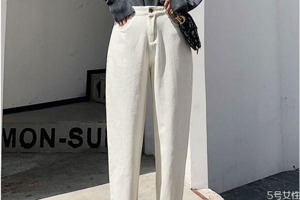 牛仔裤为什么洗了会发黄 牛仔裤发黄小窍门