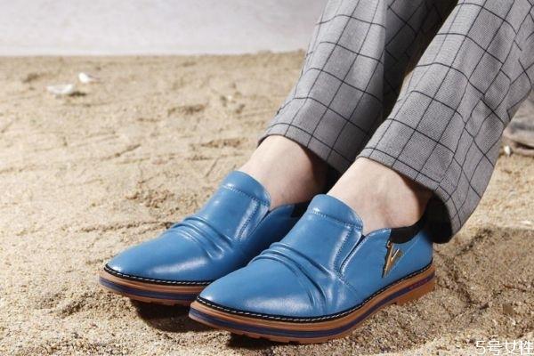 鞋子起皱怎么办 解决鞋子起皱的方法