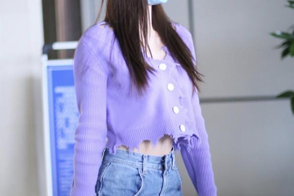 紫色上衣怎么搭配 紫色上衣的搭配方法