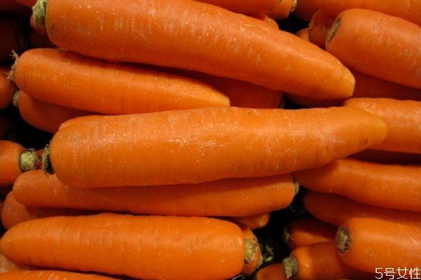 胡萝卜和西红柿能一起吃吗 胡萝卜和西红柿一起吃会怎样