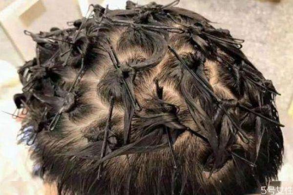 钢夹烫能勤洗头嘛 钢夹烫多久才能洗头