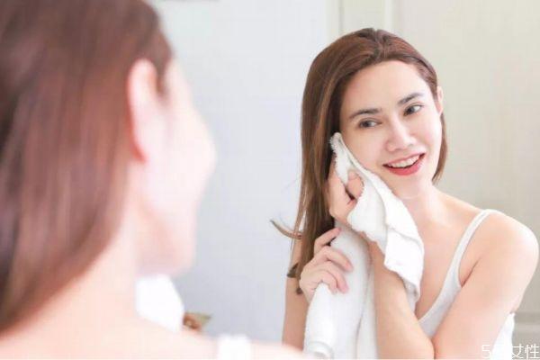 夏天皮肤保养小常识 夏季应该怎么护肤