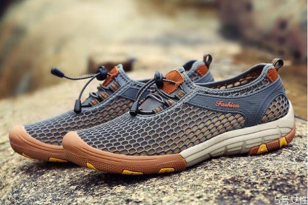 新鞋有胶味道怎么去掉 去除新鞋的胶味方法有什么