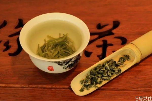 喝茶后多久吃药比较好 吃药应该在喝茶后多久