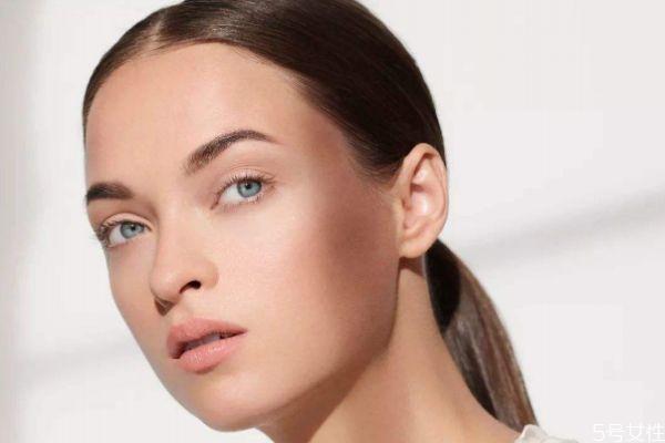 如何让皮肤更加紧致 让皮肤变得紧致的方法
