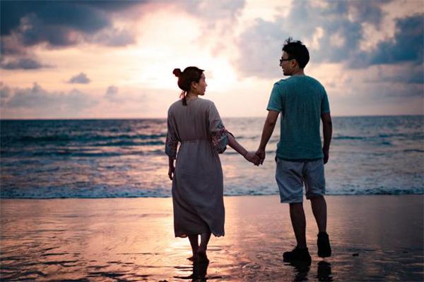 情人想放弃你的表现 情人不在乎你了的表现