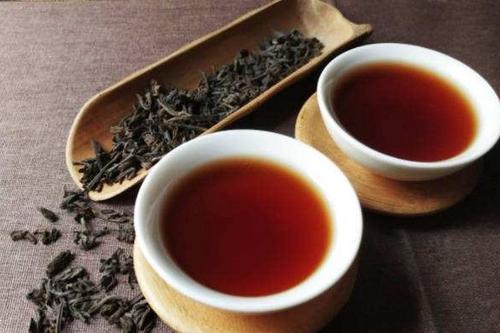 六堡茶适合便秘的人吗 六堡茶的保健作用