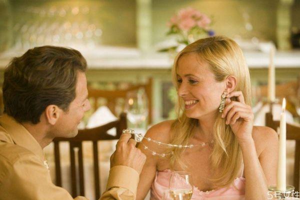 恋人约会适合做什么 什么适合恋人约会做