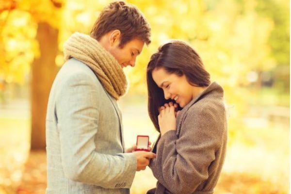 让男朋友哭的浪漫惊喜 给男朋友制造惊喜大全