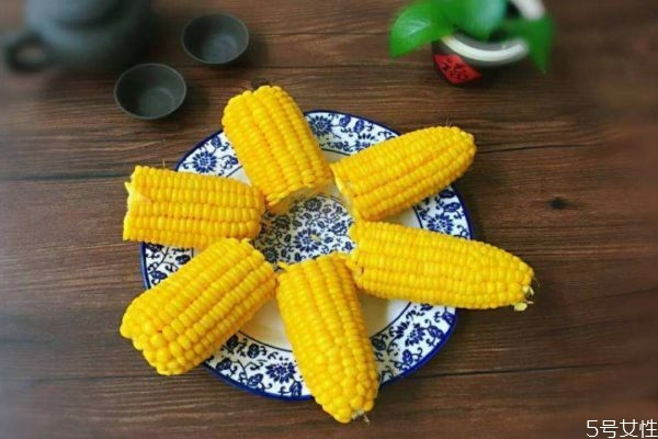 煮玉米的方法 应该怎么煮玉米