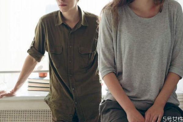 夫妻沟通比较少怎么办 如何增加夫妻之间的沟通