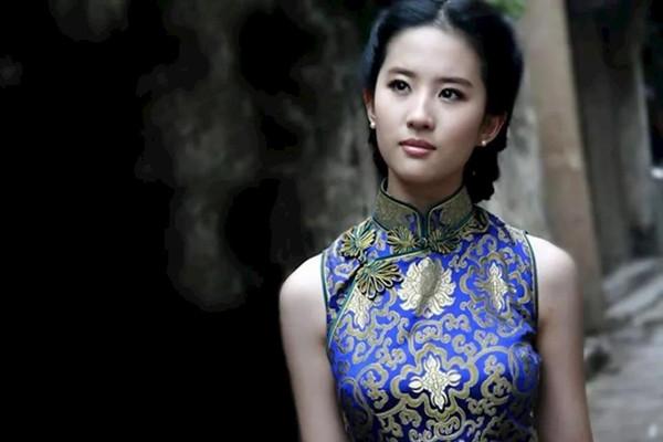 怎样根据年龄选旗袍 常见的旗袍款式有哪些