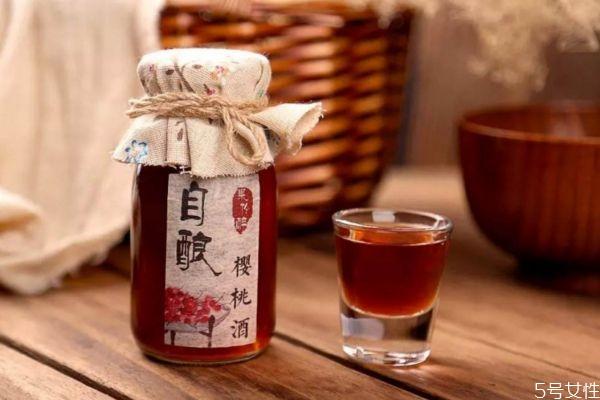 樱桃酒的简单泡法 樱桃酒应该怎么泡