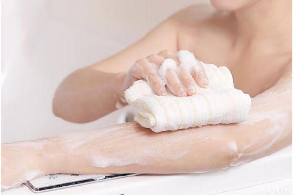洗澡可以减肥吗 洗澡可以消耗多少热量