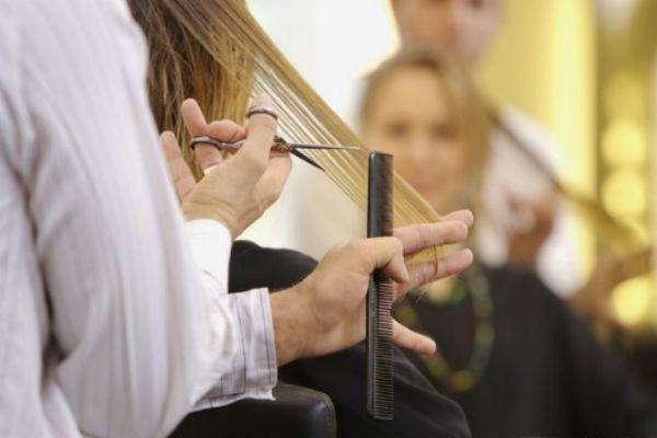 剪头发前一定要洗头吗 发型师剪头发前洗头原因