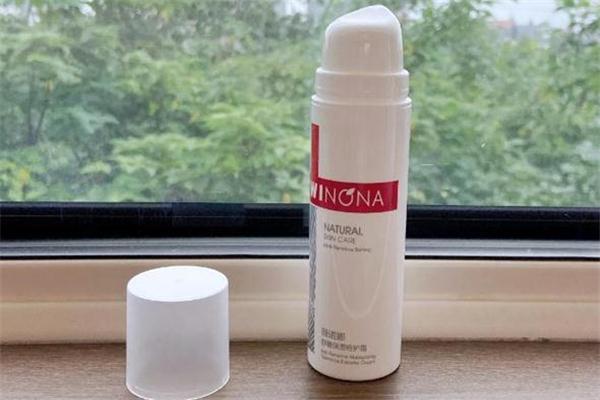 薇诺娜特护霜和修红霜区别 薇诺娜特护霜一天用几次