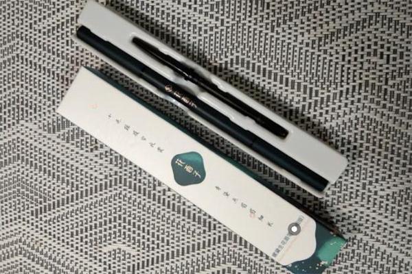 花西子眉笔替换装怎么更换 花西子眉笔怎么用