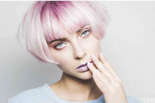 漂发对头发的伤害有什么 什么是漂发对头发的危害