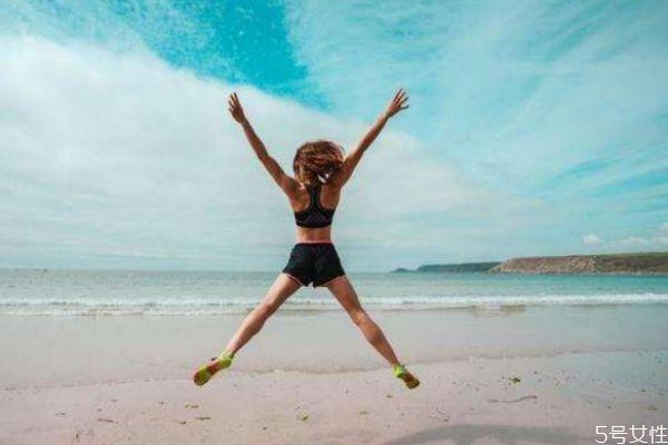 开合跳和跳绳哪个减肥 开合跳和跳绳哪个效果好